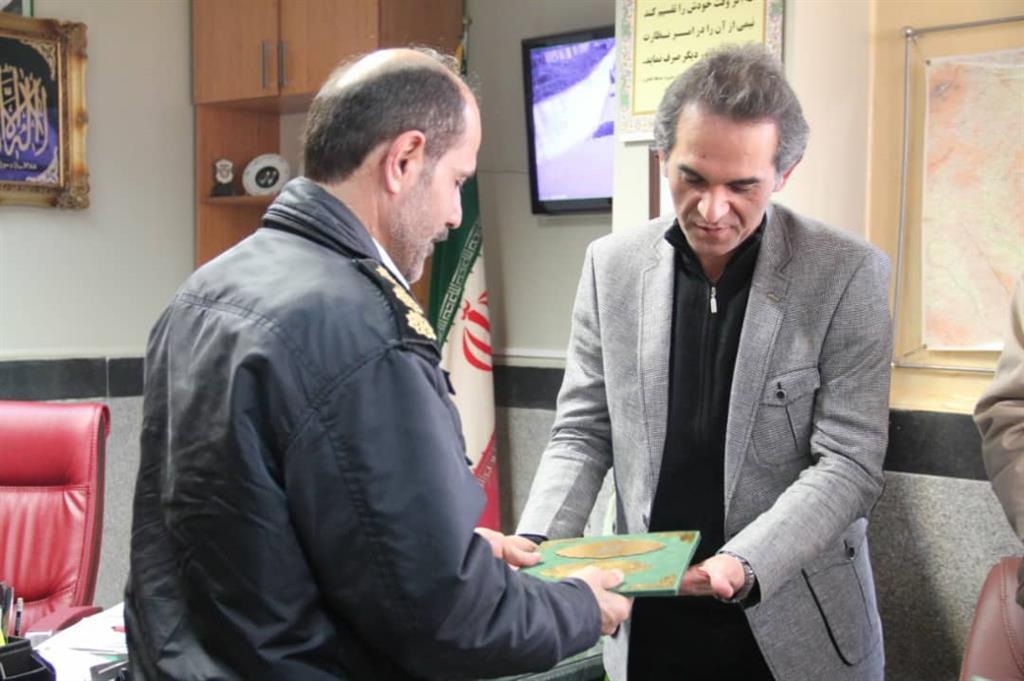 whatsappimage2019 02 06at16.16.02 - دیدار مدیر منطقه چهار شهرداری رشت با رئیس پلیس آگاهی استان گیلان